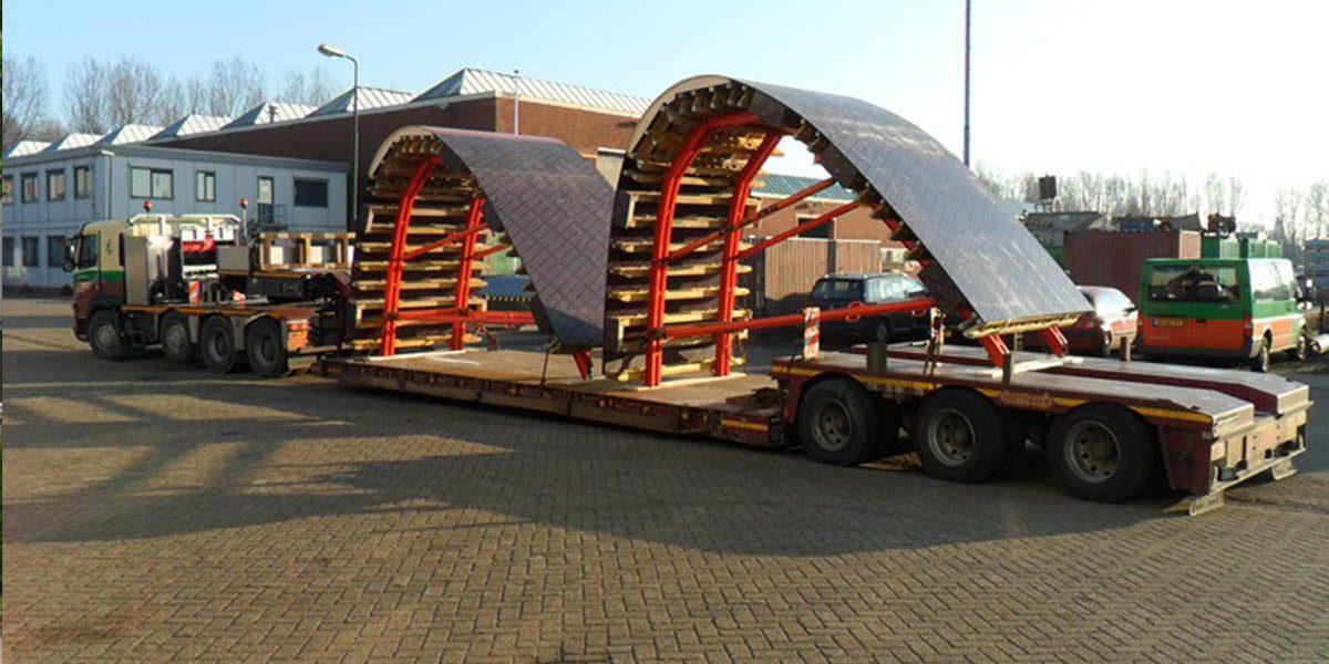 01 2-assige dieplader tot 15 ton